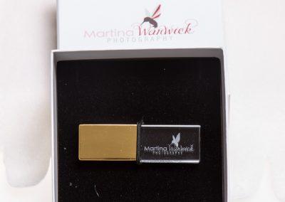 Gold crystal USB